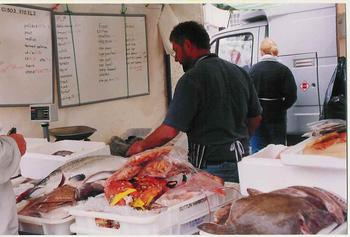 Mark_selling_in_Dartmouth